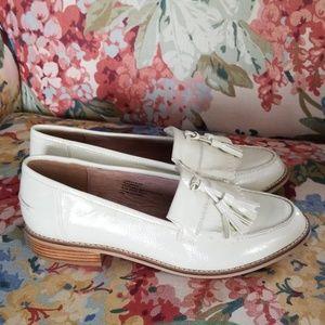 Steve Madden Meela ivory shoe 9.5